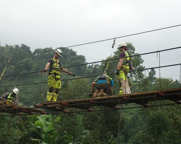 Ein Hilfsprojekt in Uganda - Bridges to Prosperity B2P